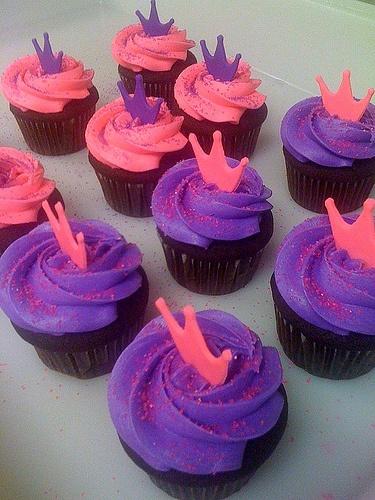 Purple and Hot Pink Princess cupcakes