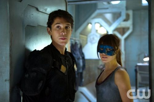 """The 100 --  """"His Sister's Keeper"""" -- Image: HU106b_0094 -- Pictured (L-R): Bob Morley as Bellamy and Marie Avgeropoulos as Octavia -- Photo: Diyah Pera/The CW -- © 2014 The CW Network, LLC. All Rights Reserved"""