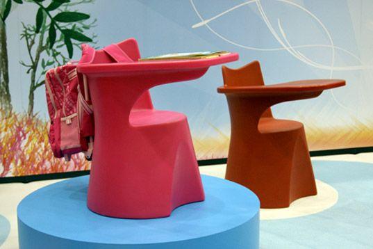 Ergonomic Plastic School Desk from QProducts | Inhabitots