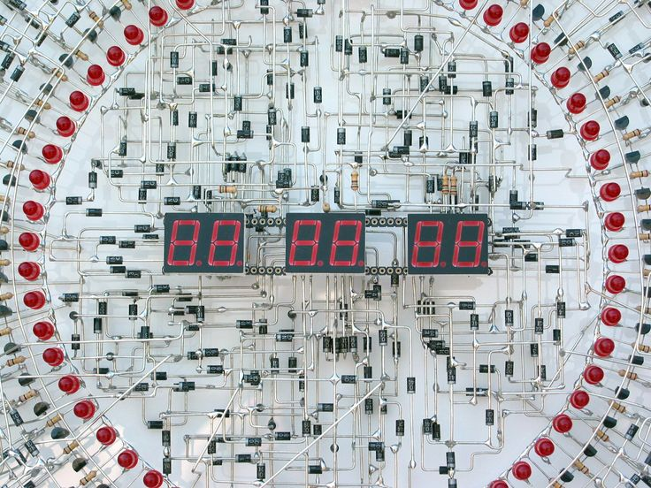 Masterpiece Of Soldering: You Wont Believe This Handmade Electronic Clock