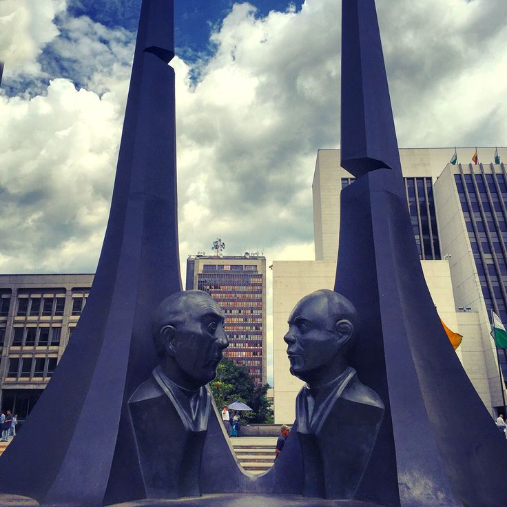 Paz, Justicia, Escultura, Salvador Arango, Medellin, Antioquia, Colombia