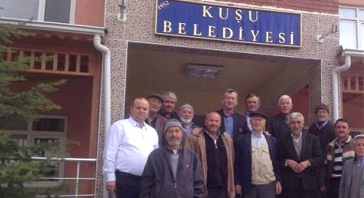 #GÜNDEM 5 kez seçimleri boykot eden köylüler referandum kararını açıkladı: 2014'te yasal düzenleme ile beldeyken köye dönüştürülen Kuşu…