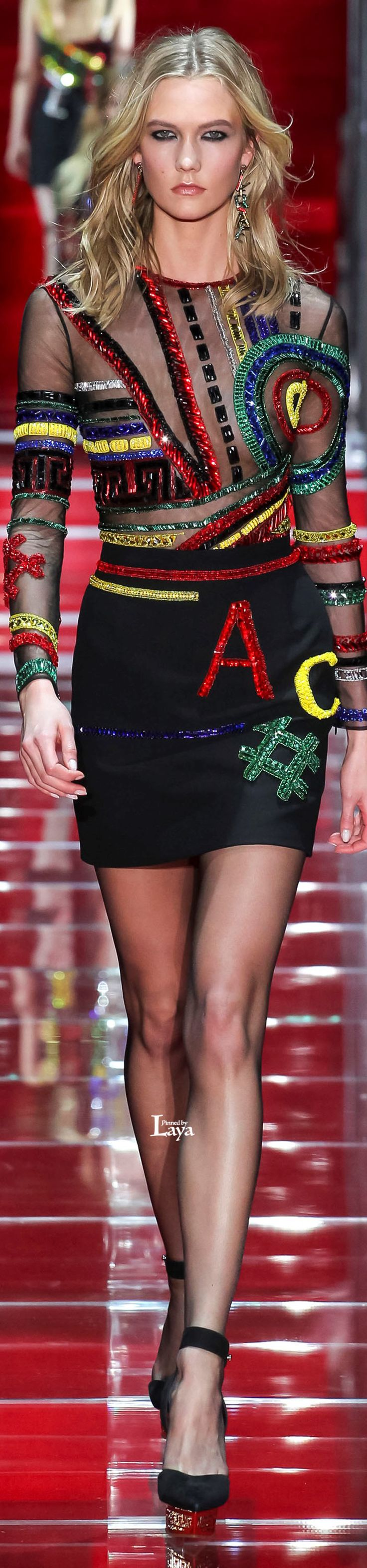 Versace.          Fall/Winter 2015-16.          Ready-To-Wear.