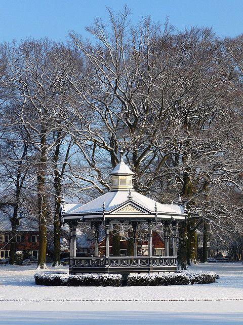 Winter in het park. Oranjepark, Apeldoorn, the Netherlands | Flickr - Photo Sharing!