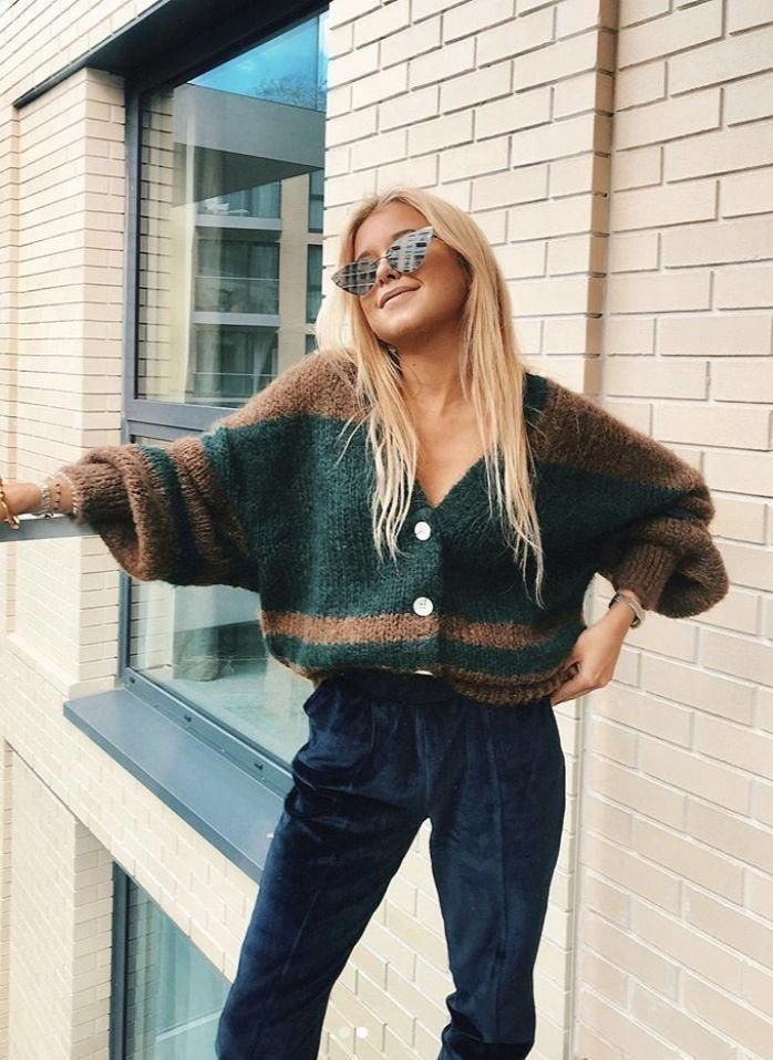 Vintage 90s Cardigan Outfit Ideas For Winter Fallfashionforwork In 2020 Fashion Cardigan Outfits Hippie Outfits