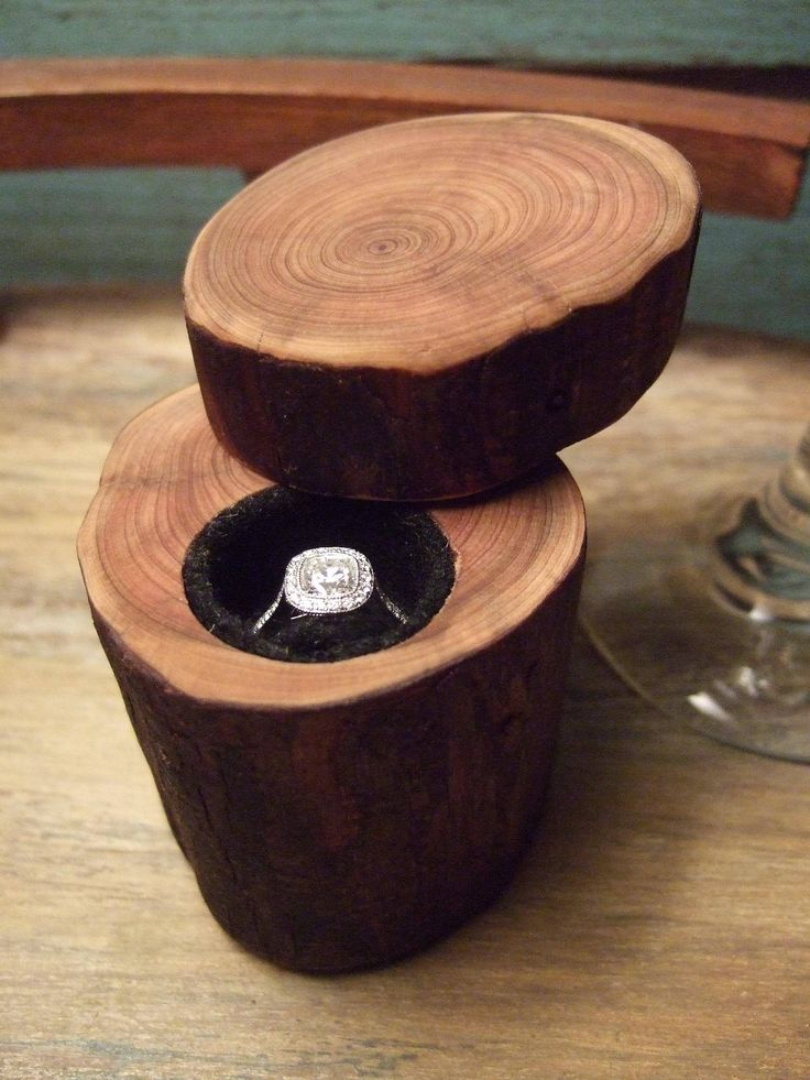 Engagement Ring Box Made Out Of A Tree Branch-Ohhh, I just want the cute little box.  LOVE.