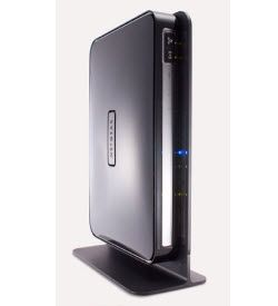 Netgear N750 Wireless Dual Band Gigabit Router (WNDR4000) - Top Rated for homes that use a lot of bandwidth