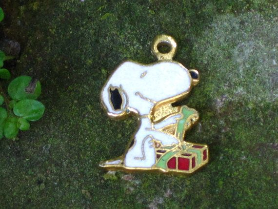 Vintage Aviva Snoopy Christmas Charm by VintagebyKanina on Etsy, $6.00
