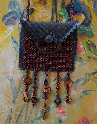 One Kiss Creations Beaded Jewelry: A Time To Stitch EIGHT ~ What's Your Bag? Tote, Purse, Clutch, or Amulet?