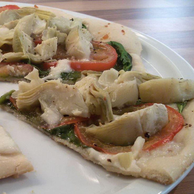 Pizza met artisjok, spinazie & tomaat - Het keukentje van Syts