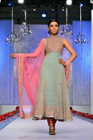 Mehdi's Collection at the finale of Bridal Couture Week Karachi 2011