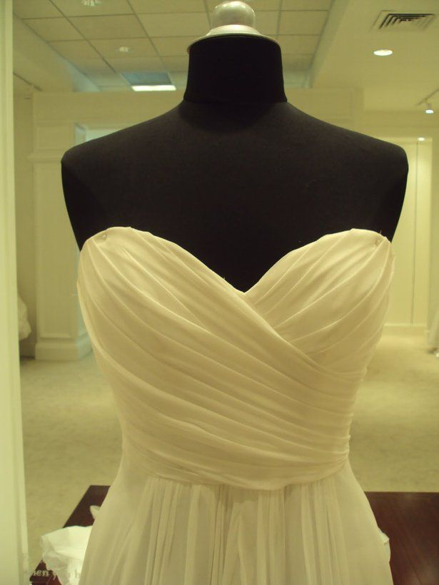 draping tutorial/mini guide. Lining and skirt hides all raw edges.