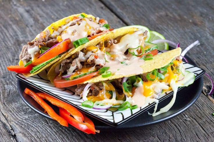 Gruyère en cheddar kaas taco's