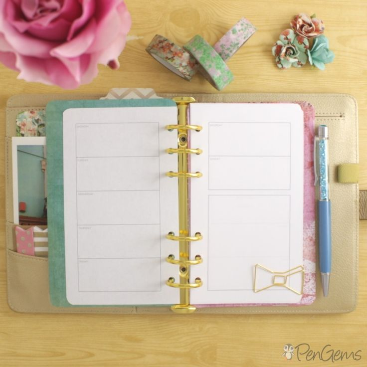 Free Personal Size Planner Printable - Week on Two Pages. Simple design for Filofax, Kikki.K, and all A6 personal sized planners.