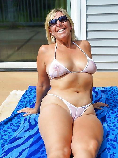 Fucking this horny fat bbw slut from the market 10