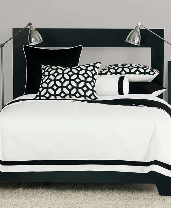 With a modern yet versatile style, this collection brings a burst of pattern to the simple white bedding with its thick black border.Decor Ideas, Black And White, Suits Inspiration, Black White, White Bedrooms, White Bedding, Beds Linens, Art Deco, Bedrooms Ideas