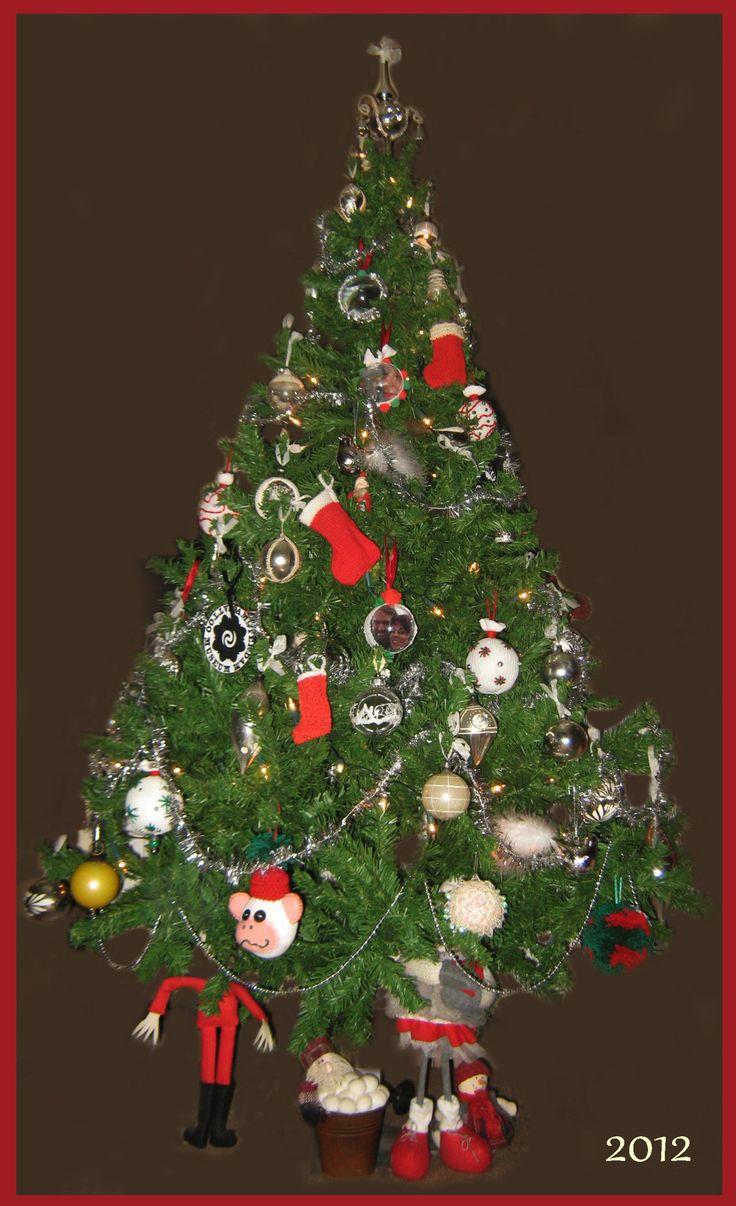 grotere boom, kerstballen verzameling start