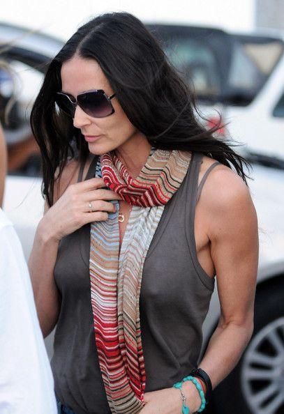 Demi Moore Square Sunglasses - Square Sunglasses Lookbook - StyleBistro
