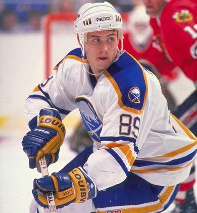 Alexander Mogilny Buffalo Sabres, Vancouver Canucks, New Jersey Devils, Toronto Maple Leafs 1032 points