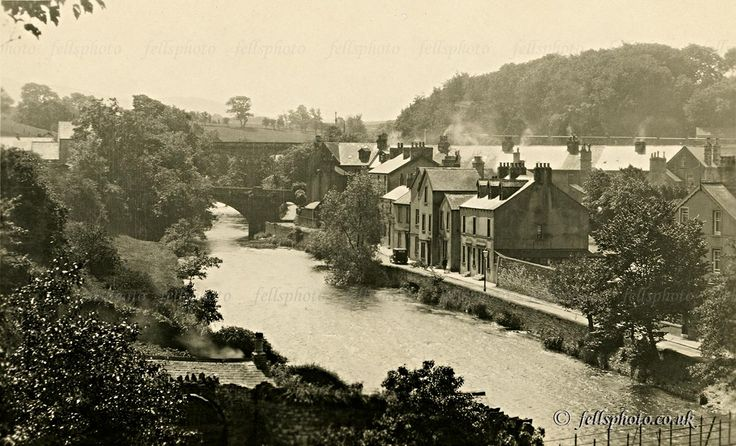 c.1930 :  Cockermouth :  Rubby Banks : houses, the river and the bridge