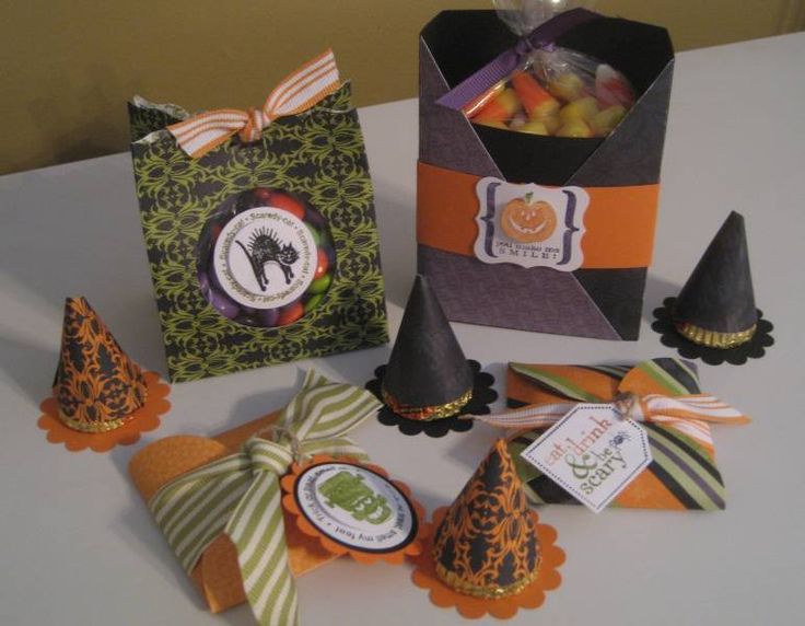 Misc. Halloween TreatsPillows Boxes, Halloween Paper Boxes, Halloween Cards, Cardmaking Stamps Scrapbook, Art, Halloween Crafts, Witches Hats, Halloween Treats, Paper Crafts