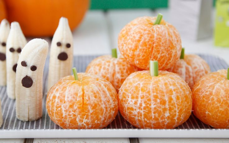 Tangerine Pumpkins and Banana Ghosts - healthy halloween!