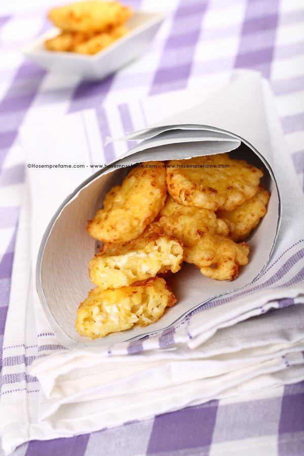 FRITTELLE DI FIOCCHI DI LATTE. I fiocchi di latte, conosciuti anche come formaggio Cottage, sono costituiti da latte scremato con aggiunta di crema di latte. #fritelle
