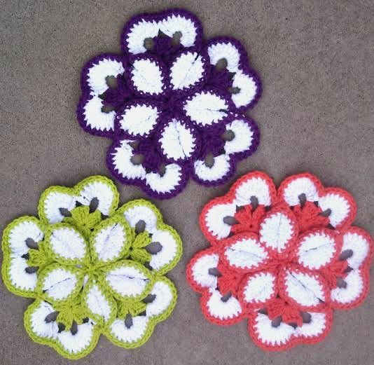 Another Monday and a little fun crochet to share!! This weekend I decided to break out all the cotton yarn I bought a few weeks ago and get something done... When I was trying to decide what to m...