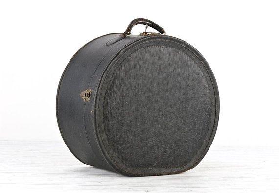 Round Leather Suitcase Vintage Round Suitcase Hat Box Suitcase Etsy Round Leather Leather Suitcase Round Purse