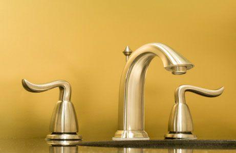 gold-plated-faucet_sink_Plumbing-fixtures_specialty-metals.jpg (461×300)