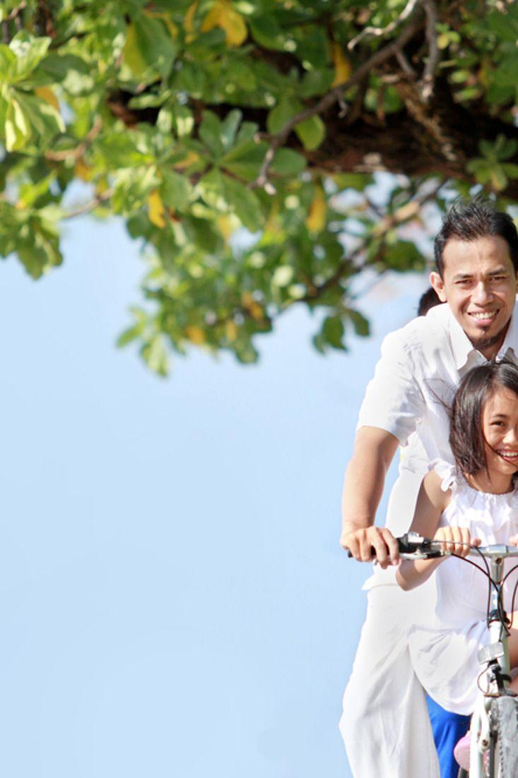 5 Cara Menjadi Ayah yang Baik untuk Anak Perempuan Anda