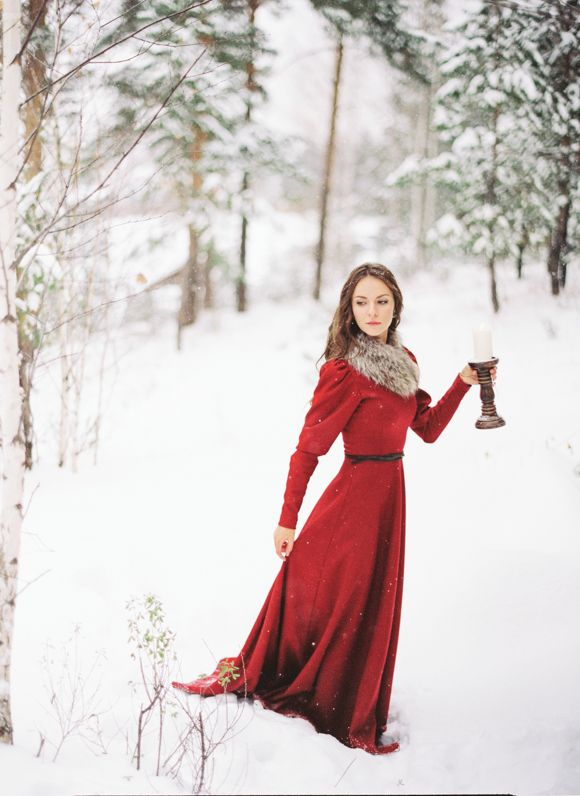 A vintage christmas wedding and a merry christmas eve for Red winter wedding dresses