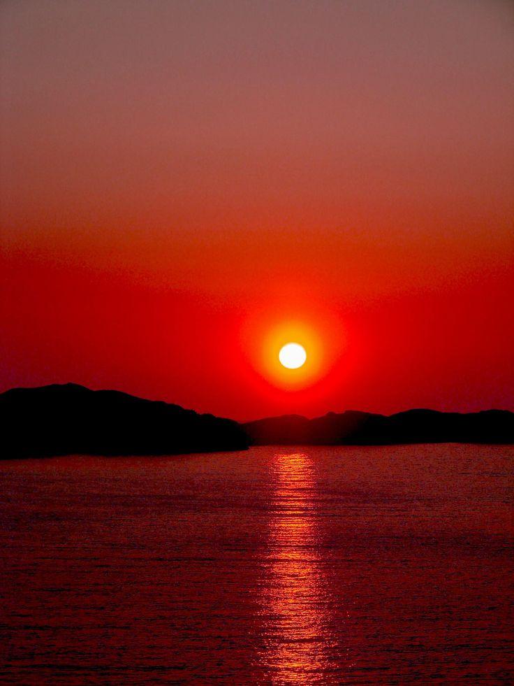 red Norwegian Sunset -  .  (Bergen)                                                                                                                                                                                 More