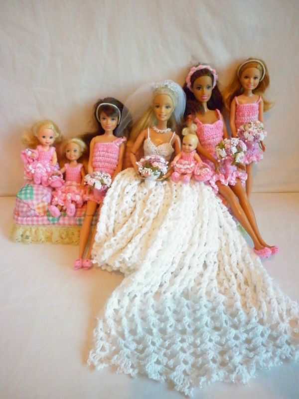 Free Knitting Pattern For Barbie Wedding Dress : 1000+ images about ? Barbie Knit Patterns Sew on Pinterest Barbie, Barbie D...