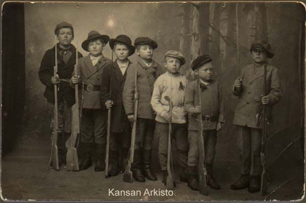 Child soldiers of the Finnish Red Guards, Civil War, Pikku punakaartilaisia, Kymi
