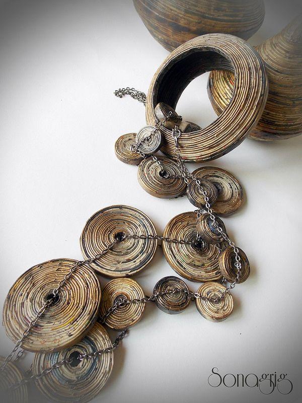 Newspaper wheel beads - Sona Grigoryan