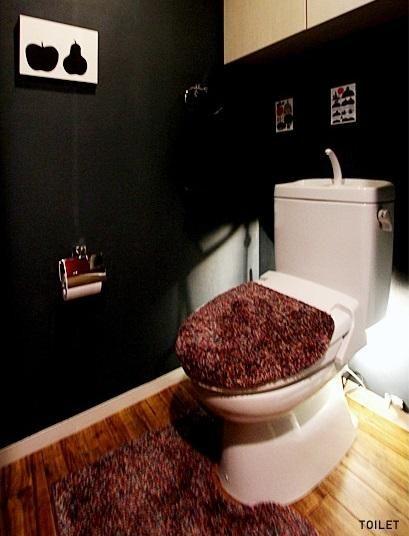シックなトイレ 専門家:nu(エヌ・ユー)リノベーションが手掛けた、TOILET(ユカMANIA)の詳細ページ。新築戸建、リフォーム、リノベーションの事例多数、SUVACO(スバコ)