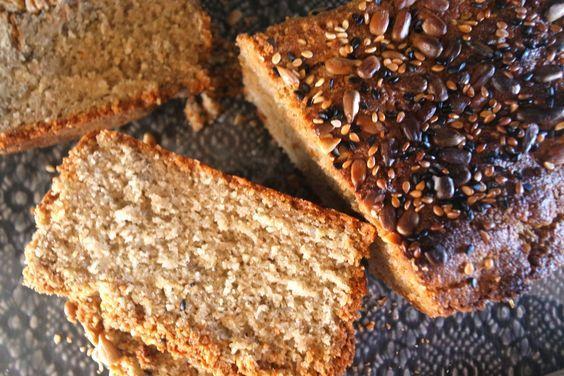 e Este pãozinho é uma outra versão do meu pão alentejano, mas que resulta sempre. A meu ver a textura do meu pão alentejano é melhor, mas para quem o outro corre mal ou para quem não quer esperar q…