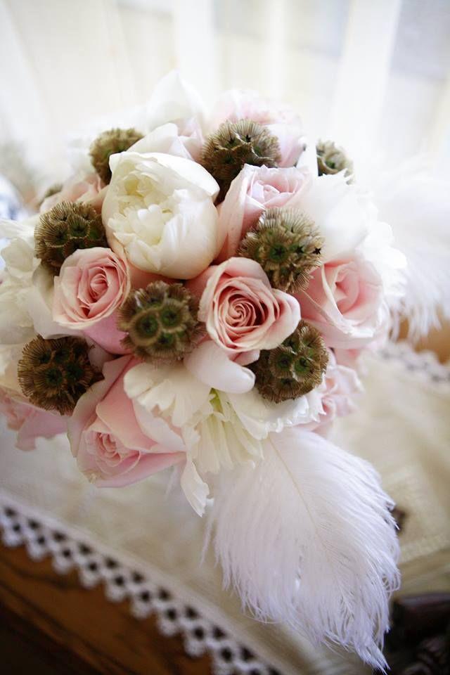 Mrs. Gatsby's bridal bouquet closeup  Photo: Szasz Csilla