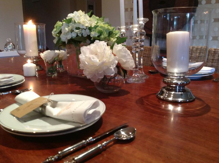 entertaining- A beautiful table will instantly give your guests a great feeling and they will be excited to enjoy a meal with you....