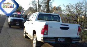 En Villa de Mitla recupera Policía Vial Estatal camioneta con reporte de robo