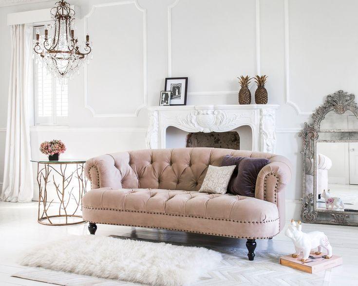 klasyczna sofa salon wnętrze