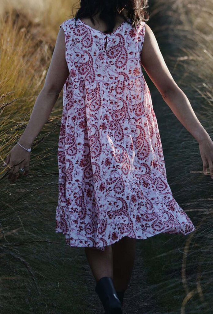 SABINE DRESS RED PINK PAISLEY