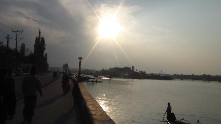 Sun Sets on DAL LAKE KASHMIR (IOK)