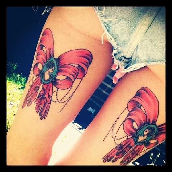 die 25 besten schleifen tattoos ideen auf pinterest spitzen bogen tattoos bogen tattoo. Black Bedroom Furniture Sets. Home Design Ideas