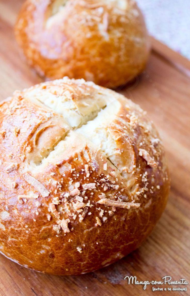 Pão Pretzel para Hambúrguer, para ver a receita, clique na imagem para ir ao Manga com Pimenta.
