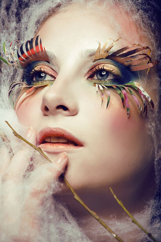 Paper Eyelashes - Crazy Makeup Art
