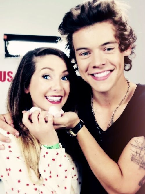 Zoe sugg and Harry styles!<3 if I didn't ship zalfie I would ship these two!:*