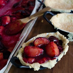 Roasted Black Plum Pie #HealthyAperture