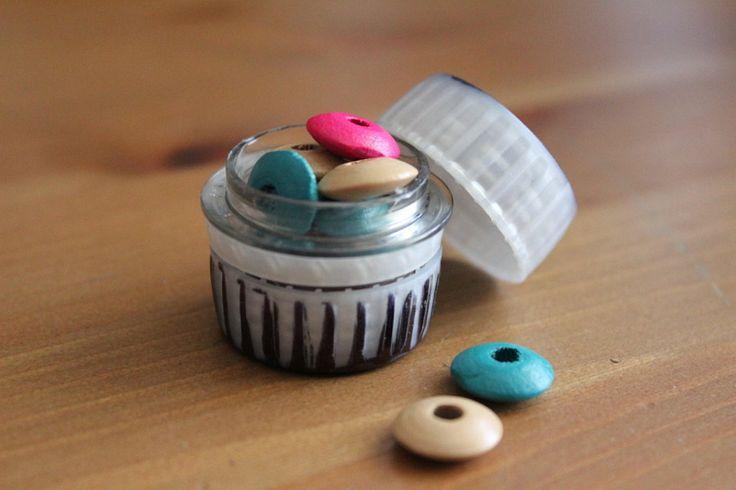28 best images about cajitas con tapones on pinterest - Manualidades con tapones de plastico ...
